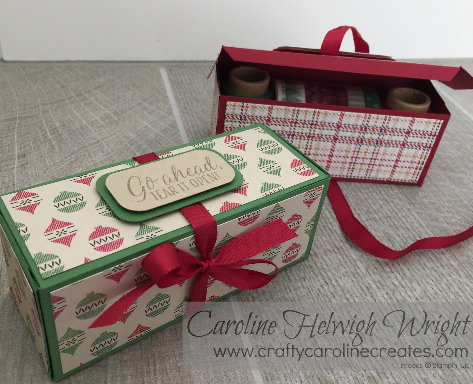 Making gift boxes from christmas cards