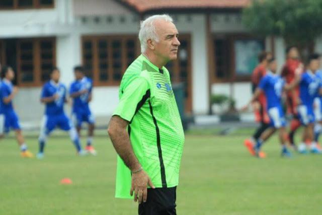 Gomez Persib Bandung