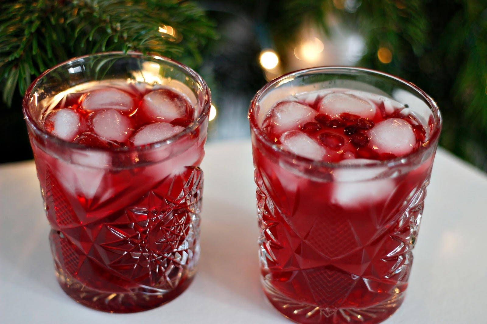 RECIPE | 3 NON-ALCOHOLIC CHRISTMAS DRINKS | Style and Sushi