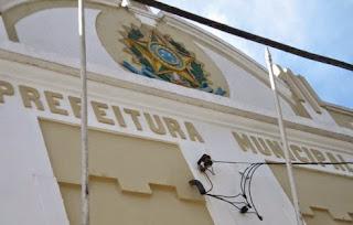 Felipe da Feira está entre os 129 prefeitos que não concorrerão à reeleição, segundo FAMURS