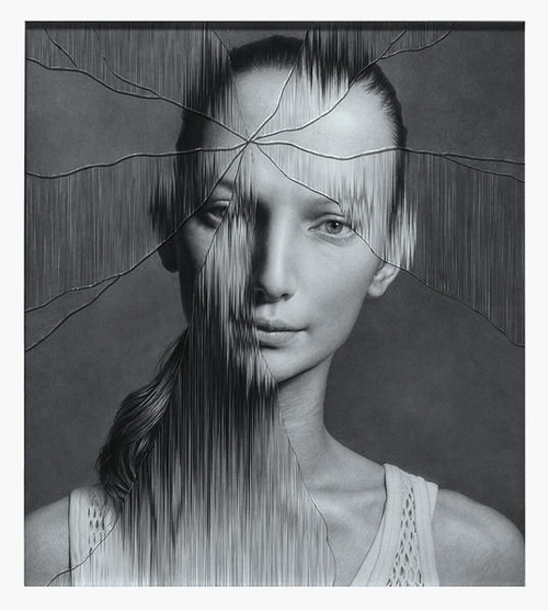 11-The-Cracked-Portrait-Pencil-Drawing-and-Glass-www-designstack-co