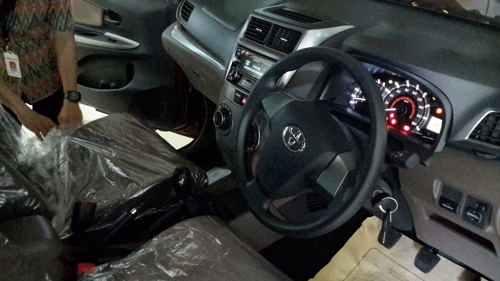 grand new avanza veloz matic olx 2016 plaza toyota kyai tapa 2015