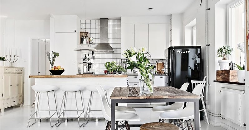 Alb negru i lemn ntr un apartament de 96 m jurnal de for Al saffar interior decoration l l c