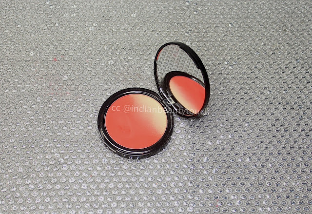 Nyx cosmetics, NYX Professional Makeup Ombre Blush in Feel the Heat review, Blush swatches, Face, orange blushes, Nyx india, ombre blush, Makeup Products Review