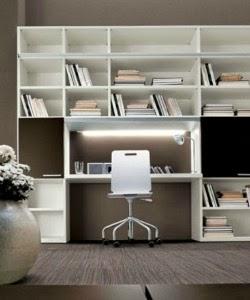 Consigli per la casa e l 39 arredamento come creare un for Scrivania con libreria ikea