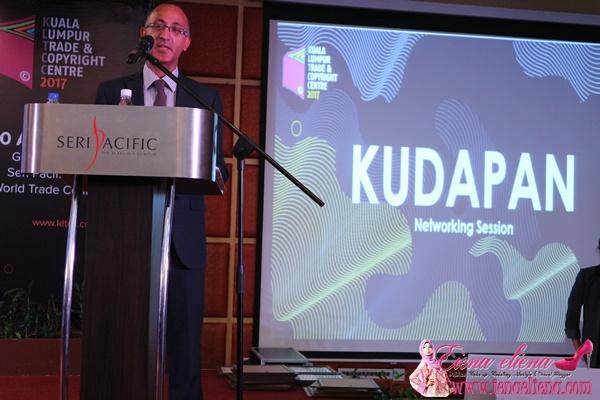 KOTA BUKU UMUM PEMENANG UTAMA PERTANDINGAN PAGE TO PITCH MEDIA 360 DI KLTCC 2017