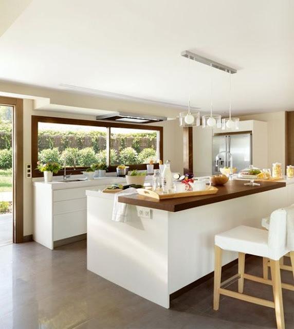 Kitchen With Bar 12