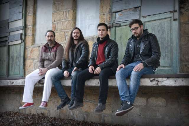 "NEW PAST:  Δείτε το νέο τους video για το κομμάτι ""The Charlatan"""