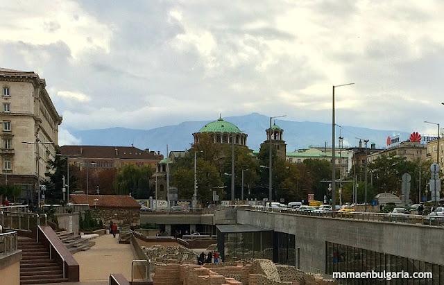 Catedral Svetá Nedelia centro Sofía Bulgaria