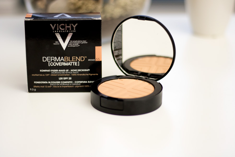 Compact Setting Powder by dermablend #17