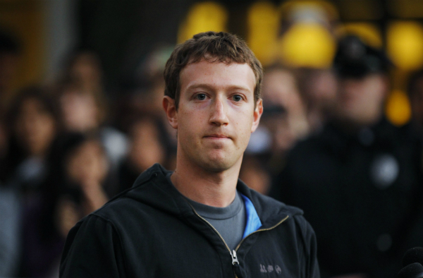 انخفاض معدل الوقت الذي يقضيه المستخدمون على فيسبوك
