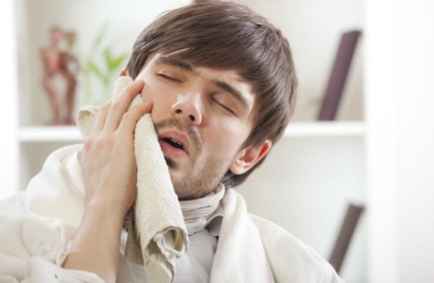 Cara Mengatasi Sakit Gigi Berlubang Pertolongan Pertama