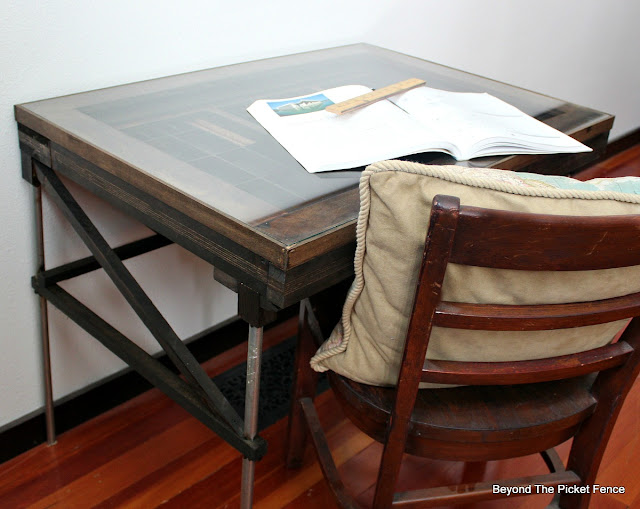 drafting desk, light table, printers tray, industrial, rustic, metal pipe, http://goo.gl/mtjRjv