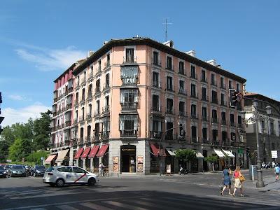 Ciudad de Madrid, España, Madrid, Plaza España, Puerta de Alcala, Que visitar en Madrid, Turismo en Madrid,