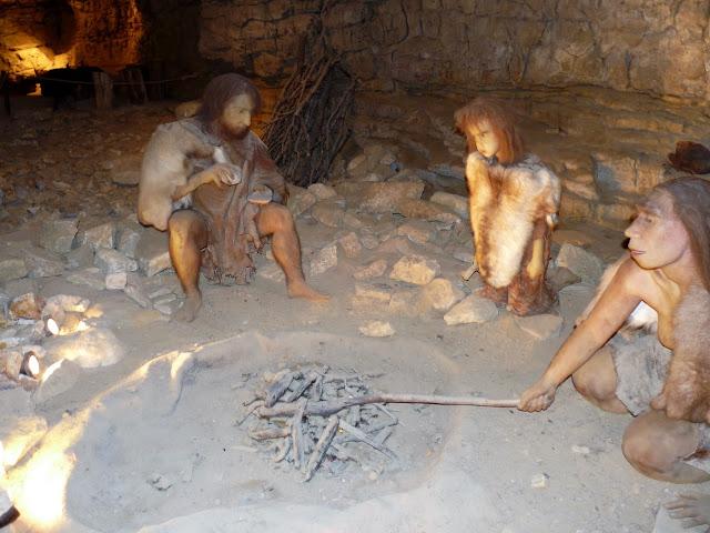 Soyons, grotte Néron - homme de Néandertal