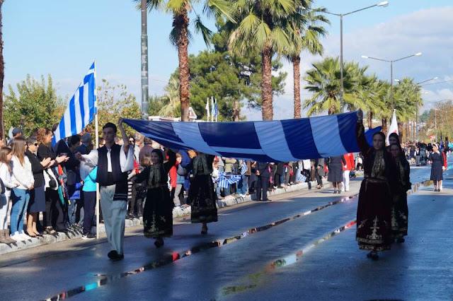 Δείτε τη σημερινή παρέλαση στην Ηγουμενίτσα (ΒΙΝΤΕΟ)