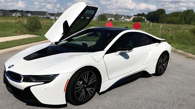 Kelebihan dan Kekurangan BMW i8