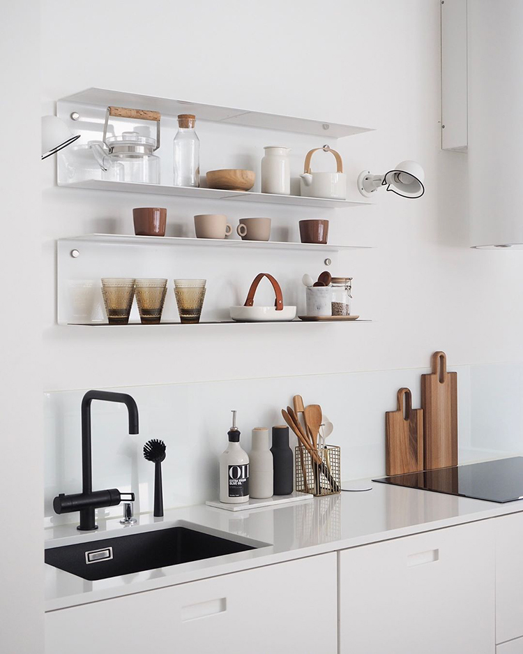 Open kitchen shelves styling inspiration. scandinavian kitchen decor, photo and styling by Sini of Sliik blog