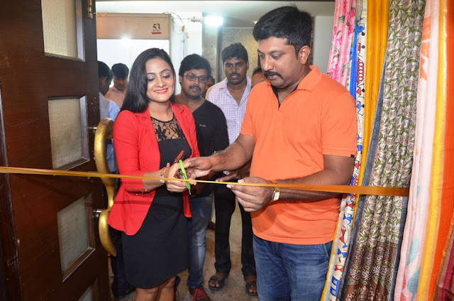 Ollywood Actress  Elina Padhi Launches Silk India Expo at Bubaneshwar
