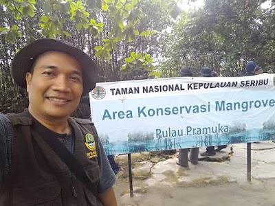 KLHK mengelola Taman Nasional Laut Kepulauan Seribu.