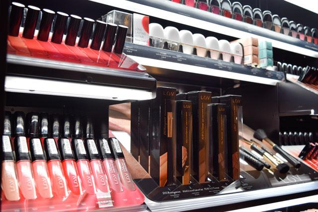 Lippenstifte und Lipglosse von L.O.V