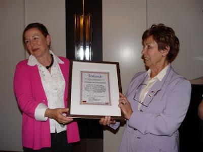 Jubiläum und Ehrenmitgliedschaft Dorothea van Nus-Adebahr, 18. April
