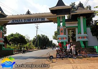 gerbang masuk kota jepara