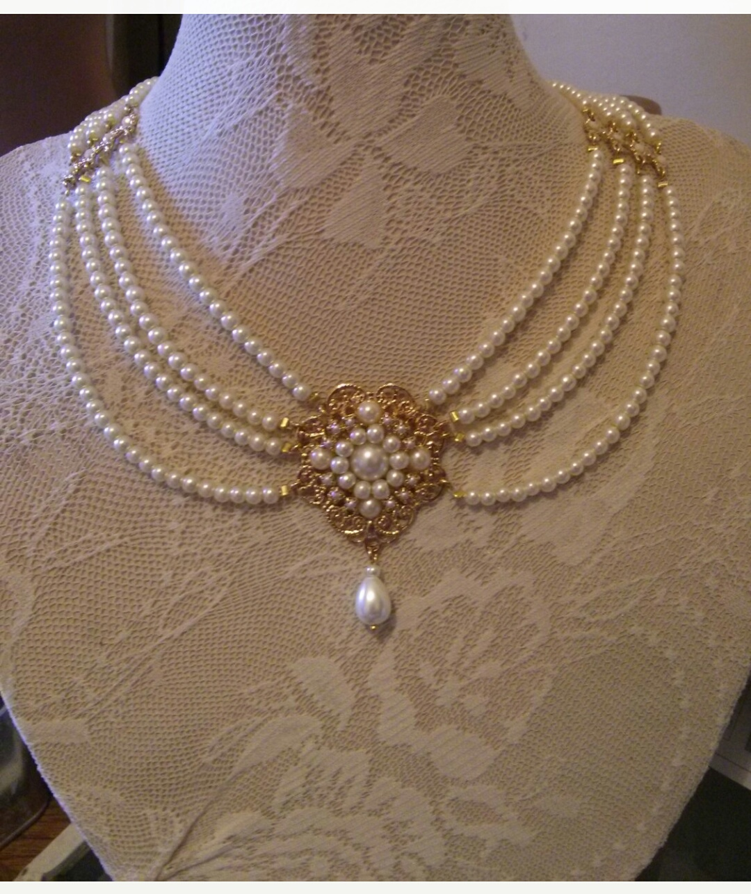 Pearl Necklace Designs - Latest Jewellery Design for Women | Men ...