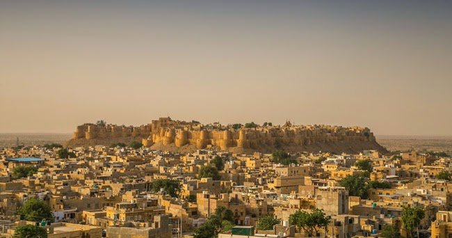 Jaisalmer Fort - stories from the Golden Fort of Rajasthan!