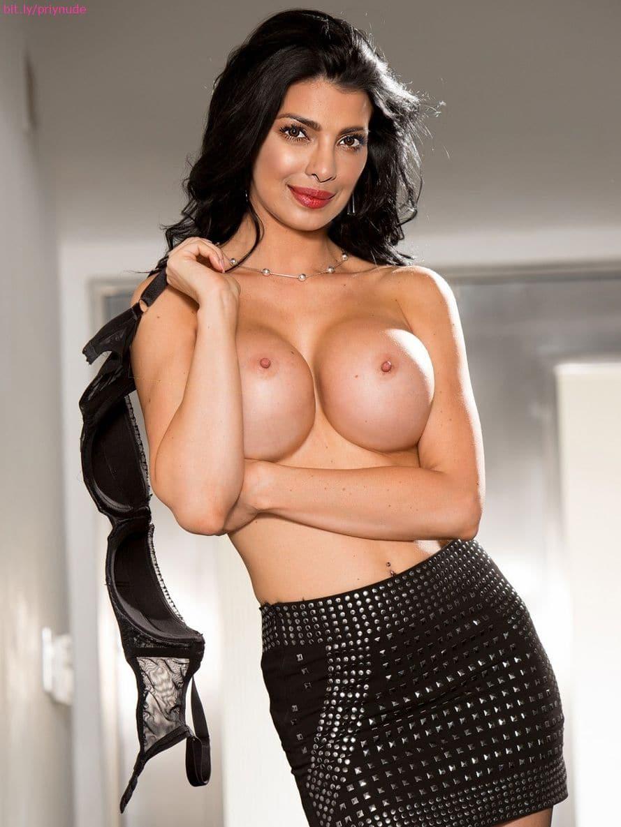 Priyanka Chopra Ki Sexy Movie