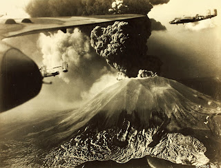 A dramatic image of the 1944 eruption, taken from a US military aircraft