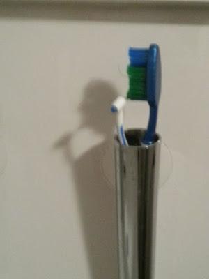 inanılmaz gölgeler diş fırçası