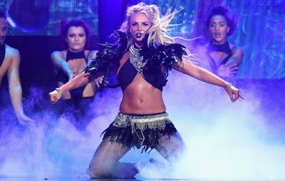 Britney Spears kicks off Piece of Me Tour
