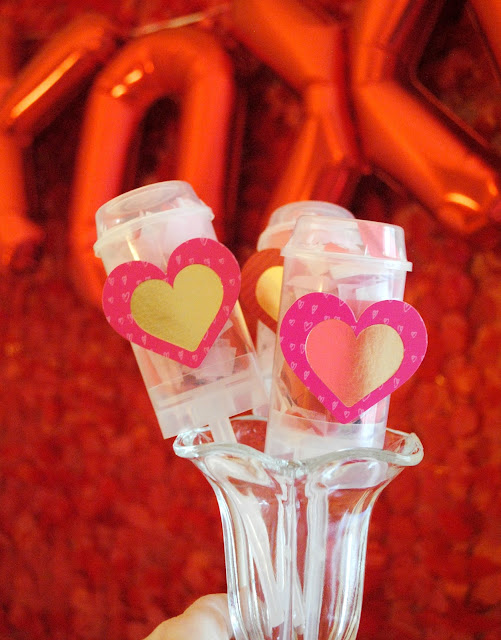 Send off your Galentine's party with confetti poppers. For more ideas go to www.fizzyparty.com