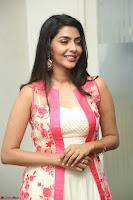 Aishwarya Lekshmi looks stunning in sleeveless deep neck gown with transparent Ethnic jacket ~  Exclusive Celebrities Galleries 074.JPG