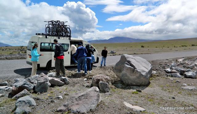Excursões ao Vulcão Cotopaxi oferecem a possibilidade de descer a encosta de bicicleta