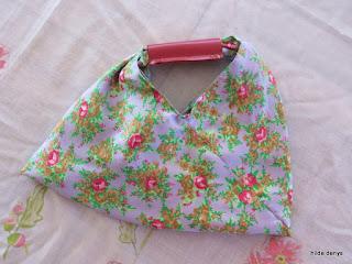 LoveLea's bento bag with leather handle.