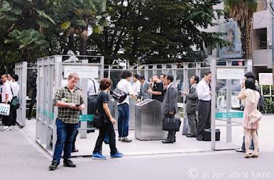 Program pemerintah Jepang untuk menekan jumlah perokok ini patut di contoh