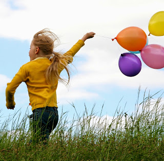 Kezeljetek mindent humorral, fessétek színesre napjaitokat!
