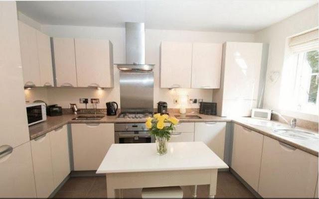 fishbourne house kitchen