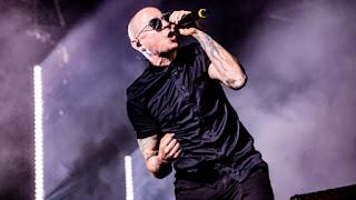 Inspirasi Chester Bennington Linkin Park yang Meninggal Bunuh Diri