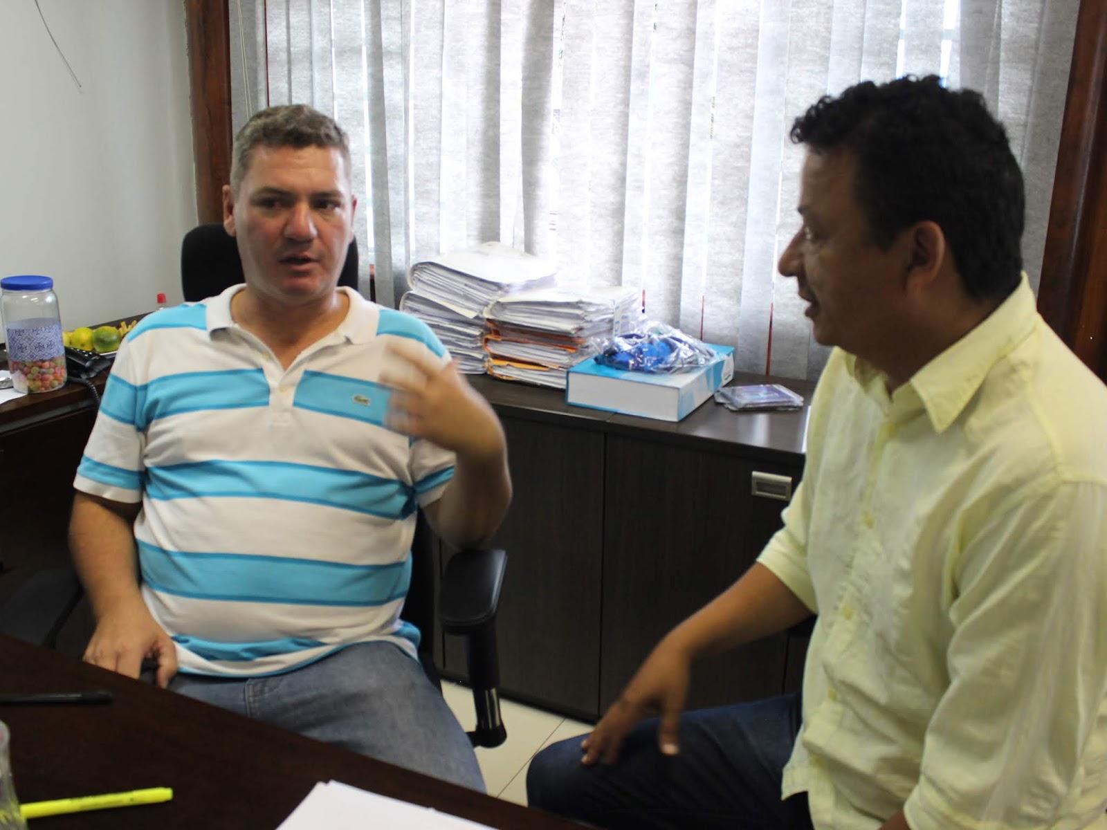 IMG 2823 - Novo administrador do Paranoá, Sergio Damasceno, começa seu primeiro dia de trabalho no Domingo ouvindo a comunidade local.