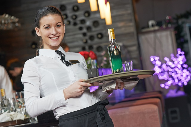 se busca camarera para restaurante con o sin experiencia