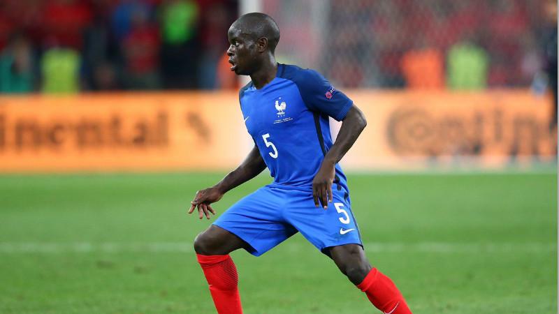 N'Golo Kante resmi menjadi pemain Chelsea