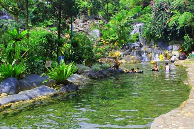 Rekomendasi Obyek Wisata di Sekitar Bandung - Wisata Pemandian Air Panas Ciater