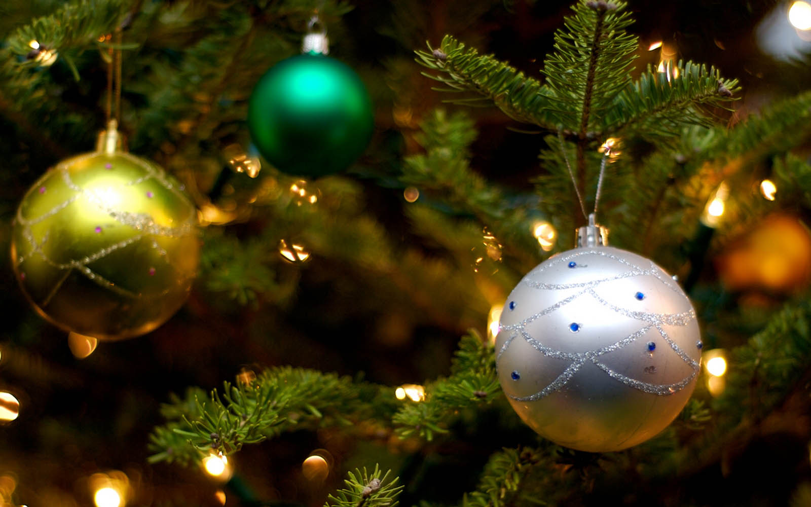 Wallpapers: Christmas Balls