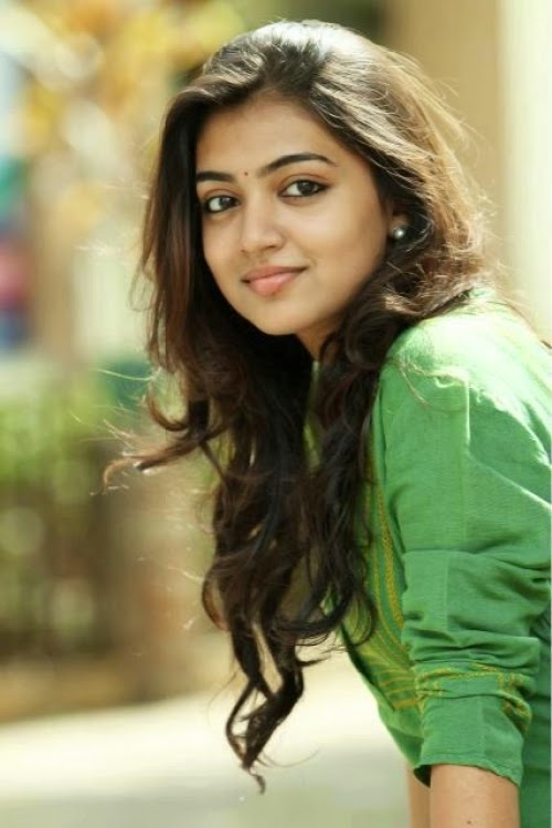 Nazriya Nazim Rising Indian Film Actress very hot and sexy pics Wallpapers Fee Download