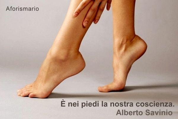 Aforismario piedi aforismi frasi e proverbi for Piani di casa di 1600 piedi quadrati