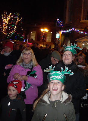 Brigg Christmas Lights switch on 2016, market, fair & late night shopping - picture on Nigel Fisher's Brigg Blog