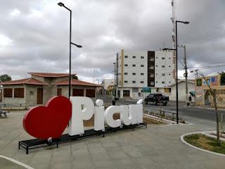 Prefeitura de Picuí lança dois editais de vacância para agente administrativo